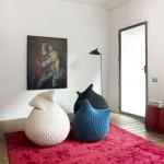 slumber-pouf-made-three-dimensional- elastic-fabric